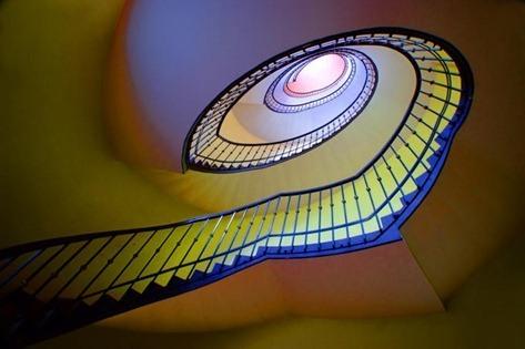 spiral-staircase-by-photo-net-tony-hnojcik-20100820084602