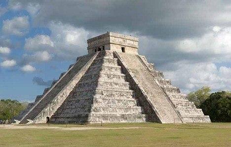 pyramidelcastillo