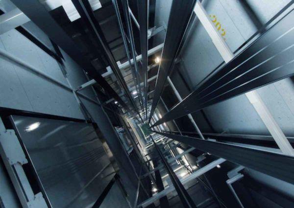 soñar-con-un-ascensor-que-no-funciona