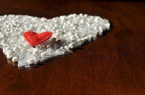 Madre perla corazon rojo