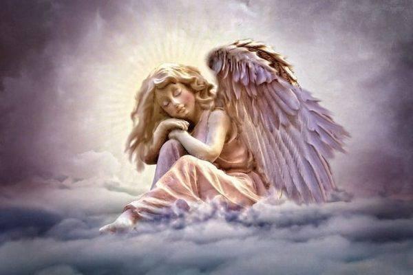 la-angeologia-tipos-de-angeles-cielo