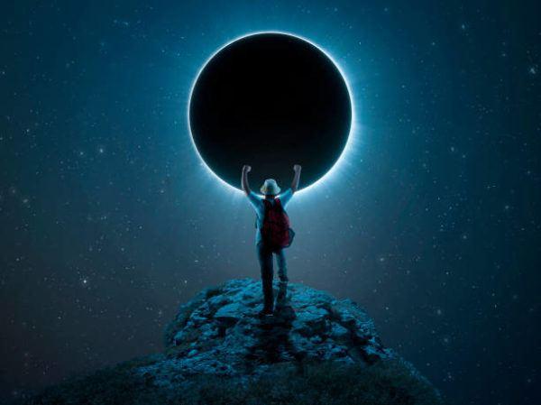 Como nos afectan los eclipses de sol y de luna