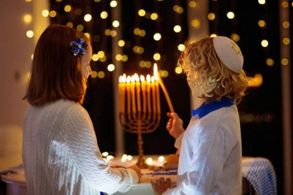 Oracion de hanukkah lista de oraciones bendiciones judias
