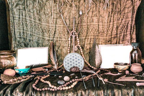 Como hacer un altar de bruja