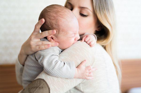 Consolando a bebe