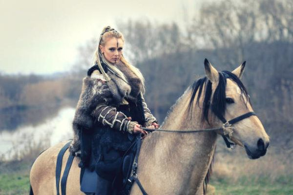Quienes eran las mujeres vikingas
