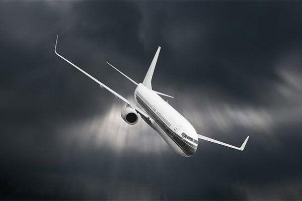 si-soñamos-que-el-avion-cae