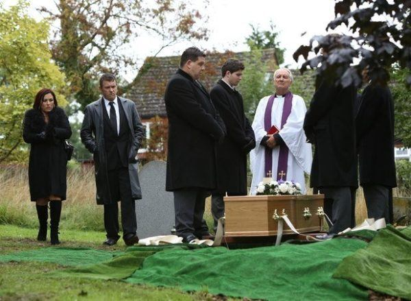 soñar-que-vamos-de-negro-en-el-funeral