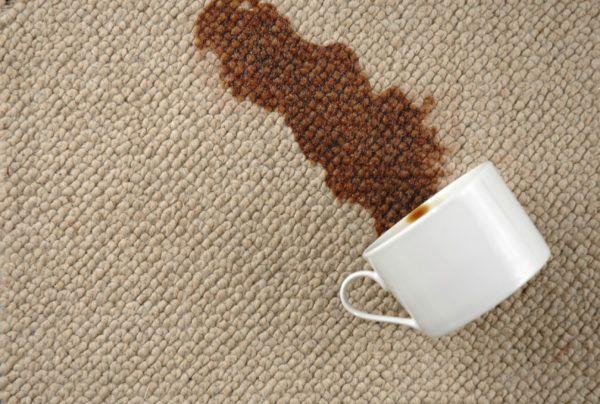 soñar-con-una-alfombra-que-se-mancha-o-se-estropea
