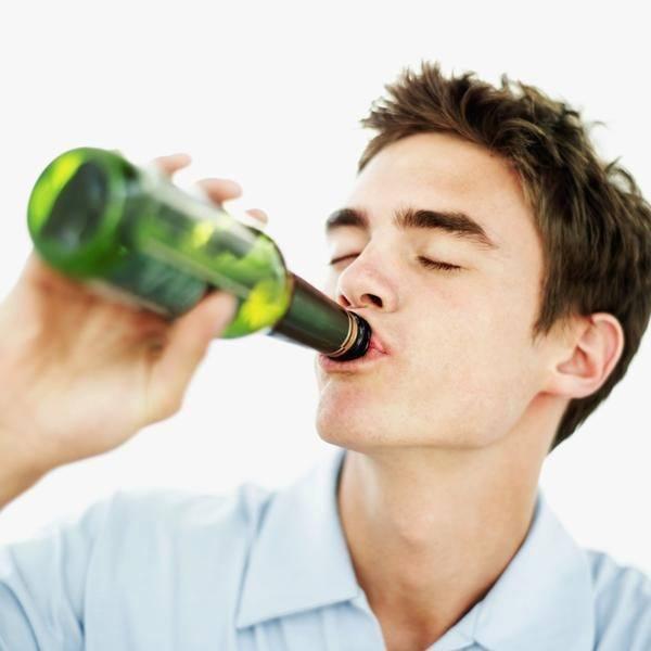 beber-en-un-sueño-significado