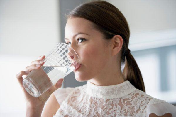 soñar-con-beber-con-agua