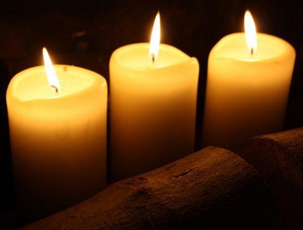 Hechizos-atraer-dinero-hechizo-tres-velas