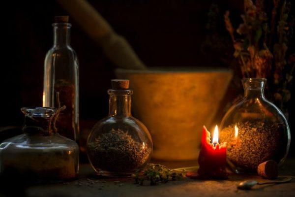 Alquimia vela consumida