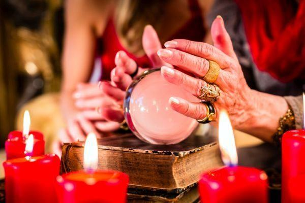 bola-magica-interpretacion2-istock