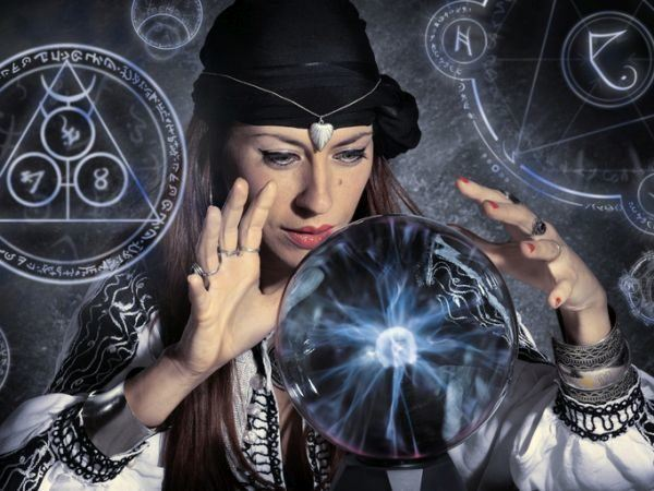 bola-magica-interpretacion3-istock