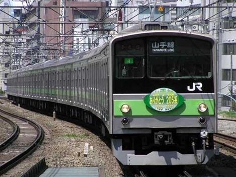jr_yamanote_train