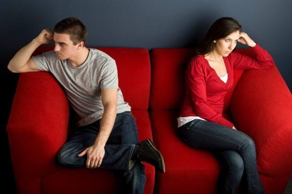 Resultado de imagen para pareja discutiendo