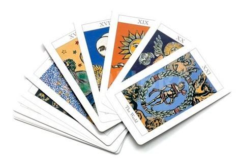 538004-tarot-cards