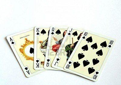 884391-jugando-a-las-cartas-de-casino-flash-real-de-treboles