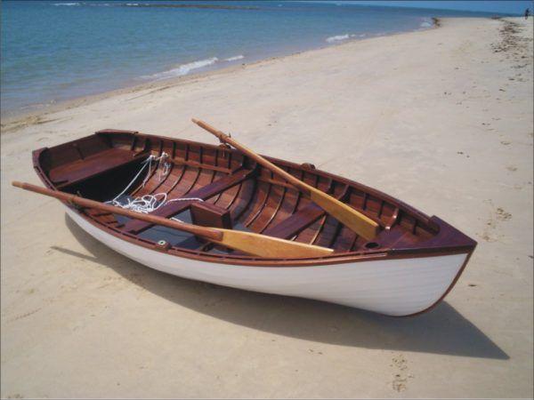 Soñar que vas en un barco remando