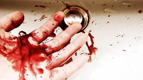soñar-con-sangre-en-las-manos