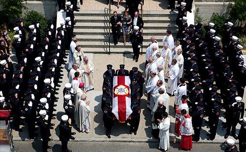 Un funeral en tus sueños