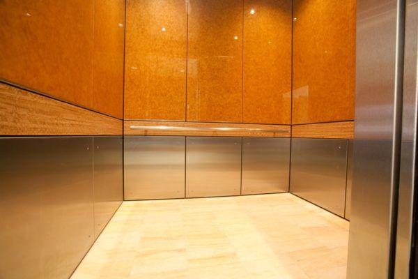 soñar-con-un-ascensor-vacio-o-lleno