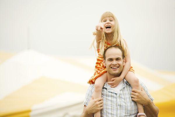 sonar-papa-soñar-con-un-padre-feliz