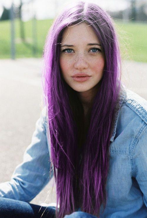 color-pelo-signo-zodiaco-geminis-violeta