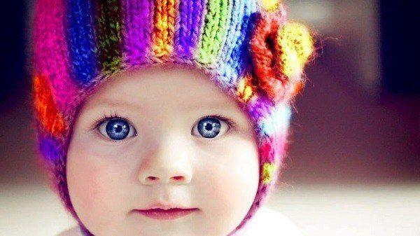 sonar-con-bebes-en-suenos-bebe-guapo