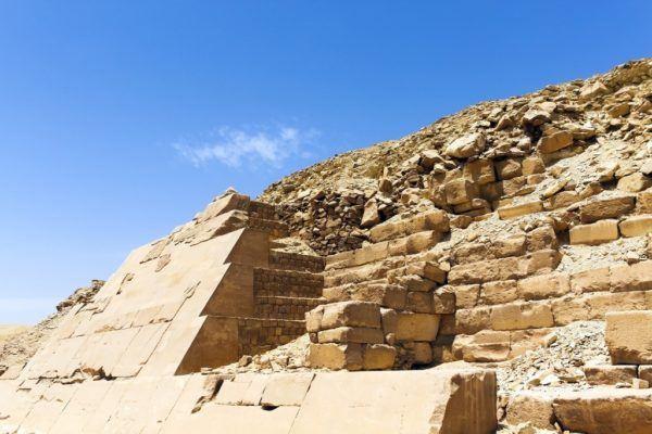 Significado de la cruz egipcia piramide antiguo egipto