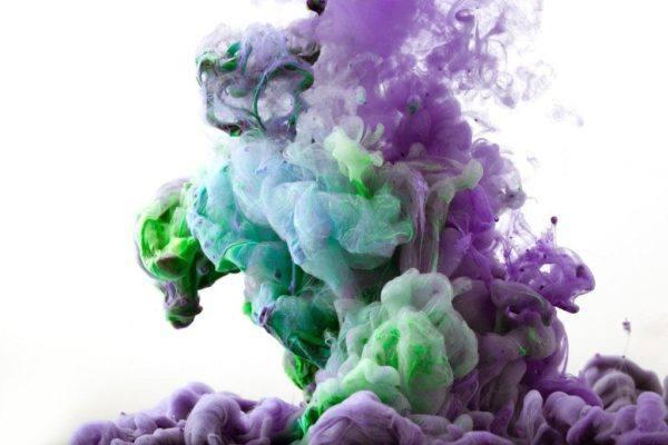 Tela de color purpura